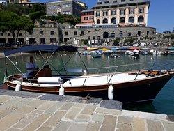 Crazy Boat Cinque Terre
