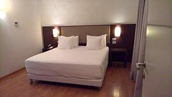 Slaapkamer met heerlijk bed