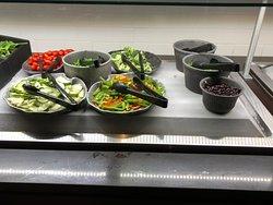 Ruby Tuesday - salad bar (1)