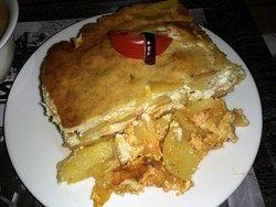 Hungarian potato casserole (rakott krumpli)