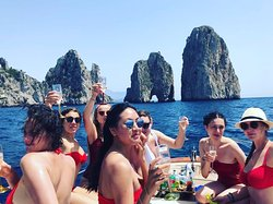 Capri boat charter