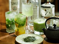 【BUNDOZA CAFE & BAR】BARメニュー 八女茶(やめちゃ)を使ったこだわりの緑茶ハイ等ご用意※イメージ