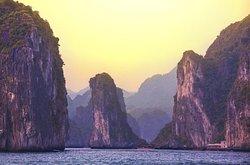 Lan Ha bay shore excursions