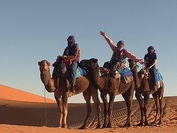 一定要來騎駱駝看夕陽!