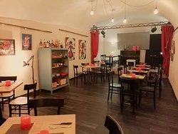 Sedie, tavoli e altre novità in sala.. Per coccolarvi meglio!..