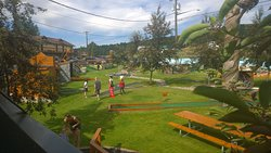 Elizabeth Lake Lodge Mini Golf