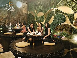 Khách thưởng chay tại Vị Lai