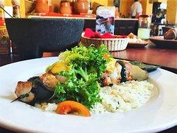 Brocheta de agave, uno de los muchos platillos que podrás encontrar en nuestro menú. TE ESPERAMOS!
