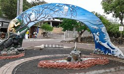 Monumento Darwin