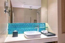 Swiss Signature room bathroom