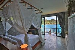 Deluxe Ocean View -1 Double Bed -2 people