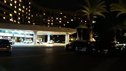 A noite chegando ao Hotel.