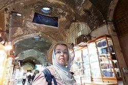 Começando as compras no Bazar de Isfahan.