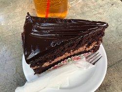 有名なチョコレートケーキ食べました