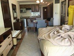 Building 15 one bedroom suite