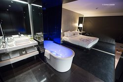 KING DELUXE ROOM WITH PRIVATE TERRACE