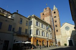 Cattedrale di San Michele Arcangelo, Albenga