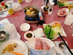 Set dinner steamboat