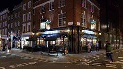 Pleasant pub with good service