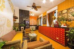 Manythip Thai Massage Center