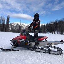 Wolfcreek Snowmobile Tours