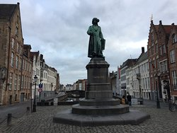 Jan Van Eyck Monument