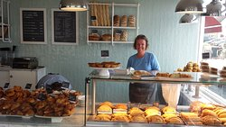 Cornish bakery Westbay et le magnifique sourire de Lorna.