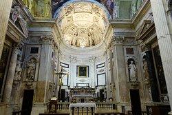 San Pietro in Banchi