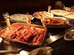 Love the crispy bacon.