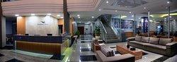 ゴールデン ブルー ホテル エクスプレス