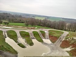 The Chalk Quarry . Part of the True Grip 4x4 Course in Ashford Kent .