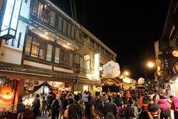 毎年10月14日15日は伝統ある秋祭りが開催されます。