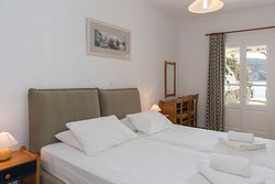 Studio for 2 pax with direct sea view
