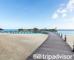 Arrival Jetty at the AYADA Maldives