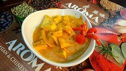 Chicken Thai Turmeric Pat Tai.
