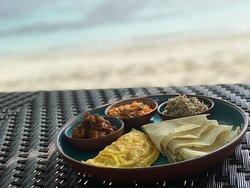 Affogato and local cuisine on the beach!
