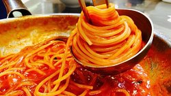 Freshly made daily spaghetti and tomatoes sauce ❤️❤️❤️
