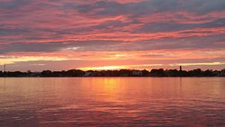 A beautiful Florida sunset. Just one of the many things to do and see while on Seal in the Sun Charters