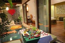 Memorable honeymoon experience is waiting you at Ini Vie Villa.