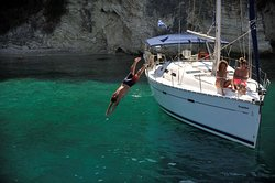 Vliho Yacht Club Charter