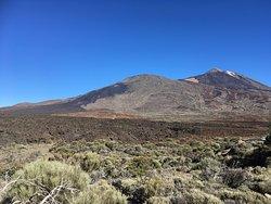 Parc national El Teide (volcan à droite)