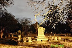 Pioneers Rest cementery at night