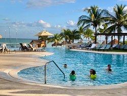 5 star resort. A paradise!