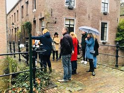 Local guide Stefka, showing a hidden secret of 's-Hertogenbosch.