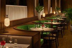 Shanghai Tavern 西餐廳(上海艾迪遜酒店)