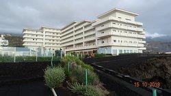 H10 Taburiente Playa, территория отеля (октябрь 2018 года)...