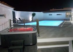 Pool and Jacuzzi