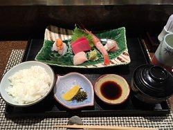 assorted sashimi lunch
