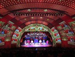 Christmas Spectacular Starring the Radio City Rockettes 2018