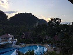 Superbe piscine cadre enchanteur